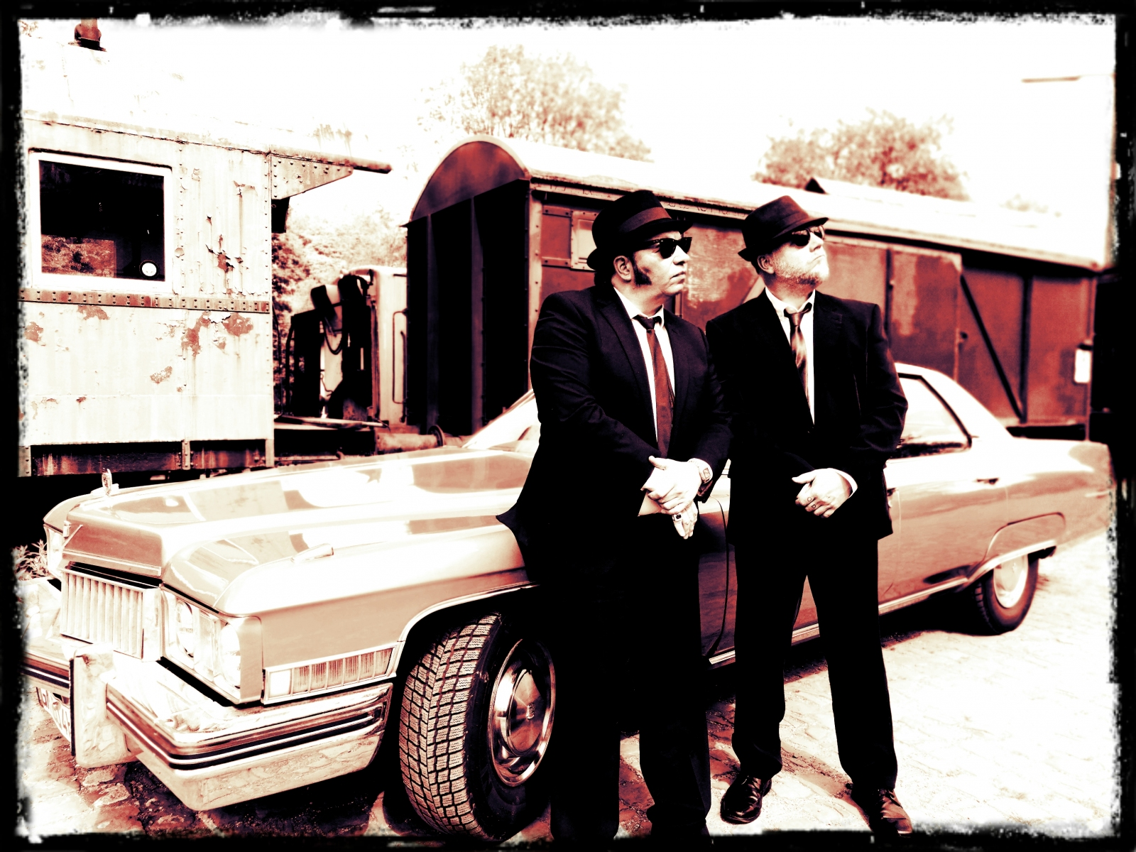 Big-Blue-Blues-The-Blues-Brothers-Show-Deutschland-1