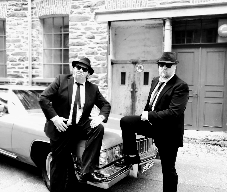 Big Blue (George Le Smoo & King Eddy) singen alle Songs mit Ausdruck und Leidenschaft LIVE!